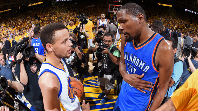 Steph-Curry-and-Kevin-Durant